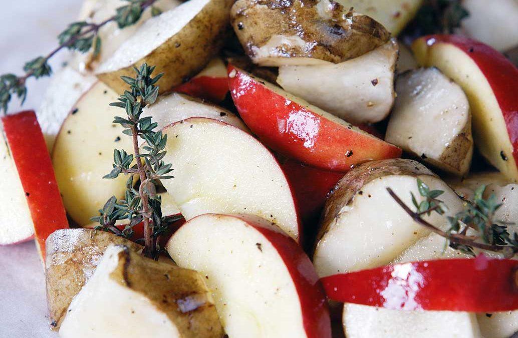 Jordskokker med æble og timian